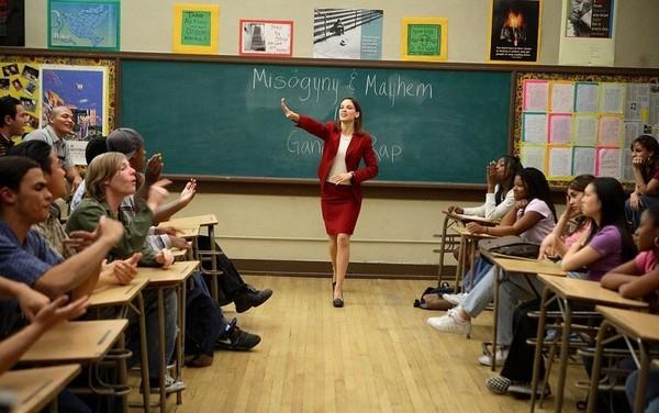 film pisateli svobody kakim dolzhen byt nastoyashhij uchitel Фильм «Писатели свободы»:  Каким должен быть настоящий учитель