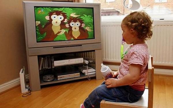vliyanie televideniya i interneta na razvitie detej i podrostkov 1 Влияние телевидения и интернета на развитие детей и подростков