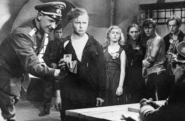 film molodaya gvardiya 1948 podvigu naroda zhit v vekax 2 Фильм «Молодая гвардия» (1948): Подвигу народа жить в веках