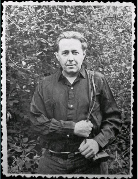 solzhenicyn velikij predatel rodiny 2 465x602 custom Солженицын — «великий предатель» Родины?