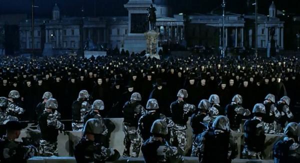 film v znachit vendetta 2005 6 Фильм «V   значит Вендетта» (2005): Гламурный террор, который ведёт в никуда