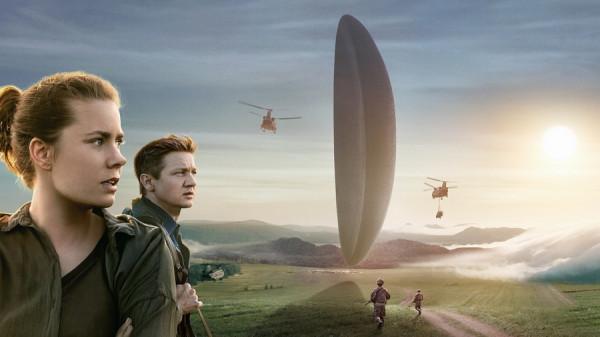 film-pribyitie-2016-ot-vselenskih-voprosov-k-zhiteyskoy-mudrosti (3)