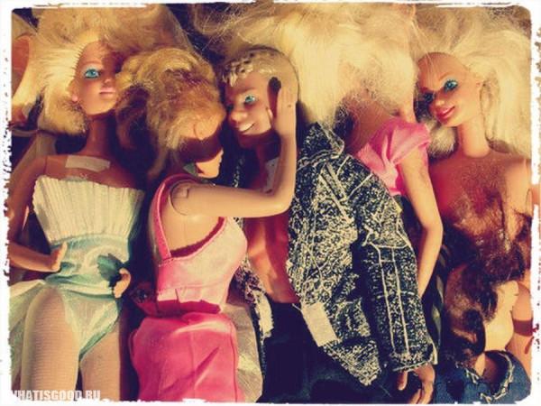 Что несёт в себе образ куклы Барби?