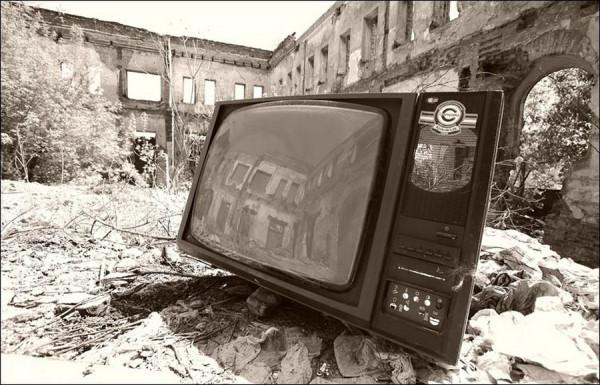 ne-zabudte-vyklyuchit-televizor-navsegda1-1