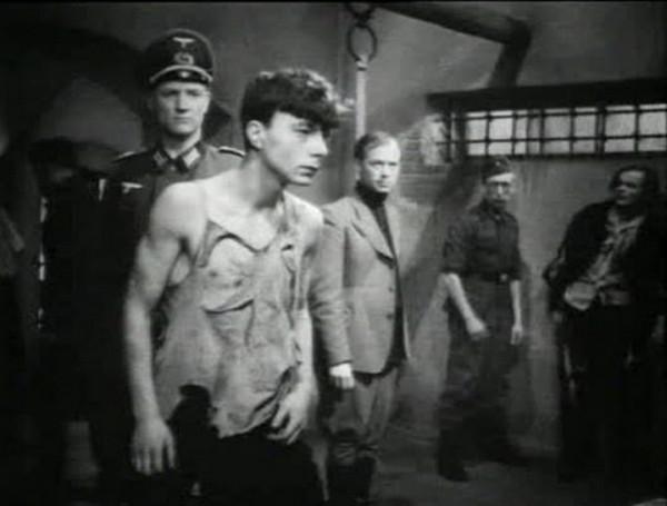 film-molodaya-gvardiya-1948-podvigu-naroda-zhit-v-vekax-3