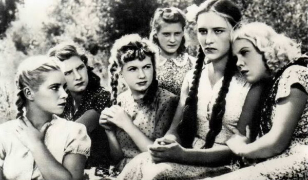 film molodaya gvardiya 1948 podvigu naroda zhit v vekax 8 Фильм «Молодая гвардия» (1948): Подвигу народа жить в веках