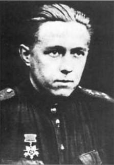 solzhenicyn velikij predatel rodiny 3 223x324 custom Солженицын — «великий предатель» Родины?