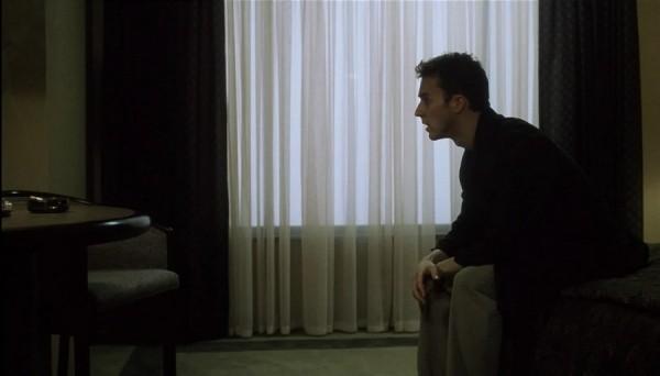 film-bojcovskij-klub-1999-bud-muzhestvennym-chtoby-pokonchit-s-soboj-14