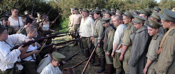 film batalon o tom kak vremennoe pravitelstvo podnimalo boevoj dux 4 «Батальонъ»: О том, как Временное правительство «поднимало» боевой дух