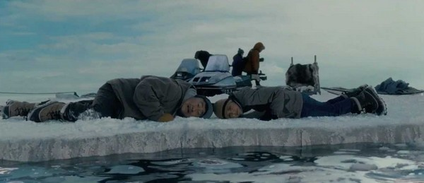 film vse lyubyat kitov 2012 realistichnyiy primer chuda 7 Фильм «Все любят китов» (2012): Реалистичный пример чуда