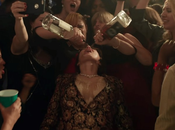 novogodniy korporativ 2016 3 Фильм «Новогодний Корпоратив» (2016): Нажрись – и будет тебе счастье