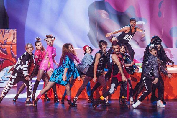 shou tantsyi na tnt  Шоу «Танцы на ТНТ»: Каков телеканал — такие на нём и танцы