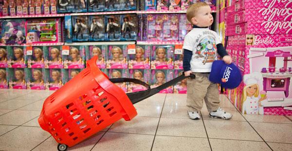 detstvo za dengi 1 Детство за деньги. Как не превратить ребёнка в шопоголика?
