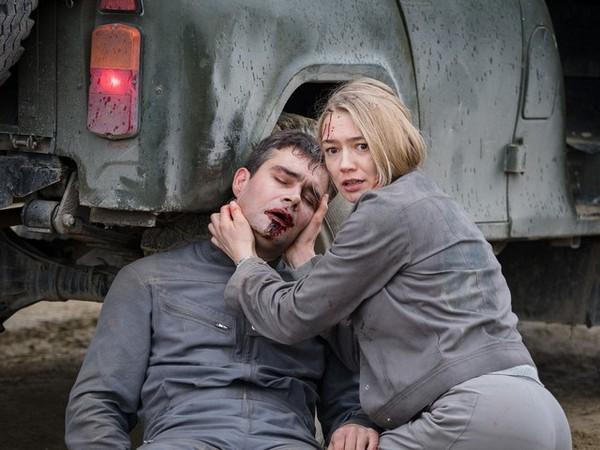 Фильм «Спутник»: Миллион оттенков серого
