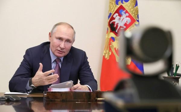 Путин обвинил соцсети в манипулировании пользователями ради извлечения прибыли