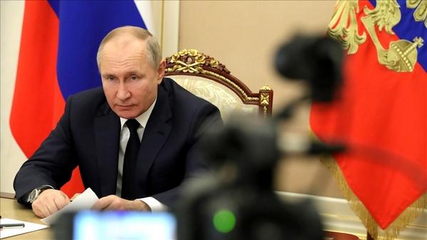 Путину пожаловались на телеканал ТНТ, который дискредитирует образ учителя и школы